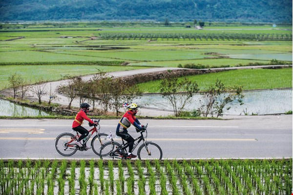 Every cycling trip is a test of the rider's physical conditioning and willpower. (photo by Chuang Kung-ju)