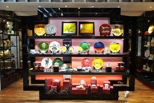 Tai-Hwa has released a houseware collection based on works by the Hong Kong painter Sanyu that are held in the National Museum of History.