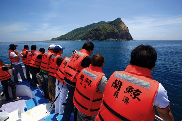 "Focusing on ocean conservation allows localities to develop ecotourism activities such as whale-watching, which conforms to the ""Satoumi"" principle of sustainable use of resources."