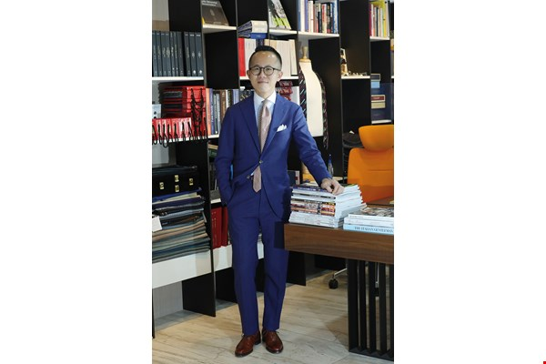 Brian Shih, Suit Walk's founder, aims to raise a sense of fashion among Taiwan's men.