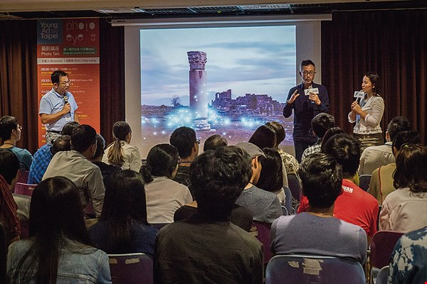 As the curator of Photo Eye, a lecture series hosted by Young Art Taipei, Shen Chao-liang hopes to use the lectures to introduce international trends in photography to Taiwan. (courtesy of Shen Chao-liang)