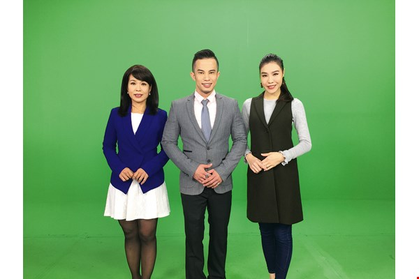 Taiwan's Public Television Service was the nation's first TV company to air news broadcasts in Southeast-Asian languages. From left to right, journalists for its Thai, Indonesian and Vietnamese shows. (courtesy of PTS)