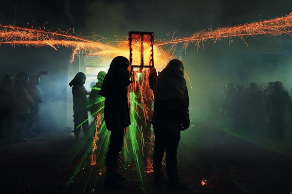 Yanshui Beehive Fireworks Festival (Tainan City) (photo by Jimmy Lin)