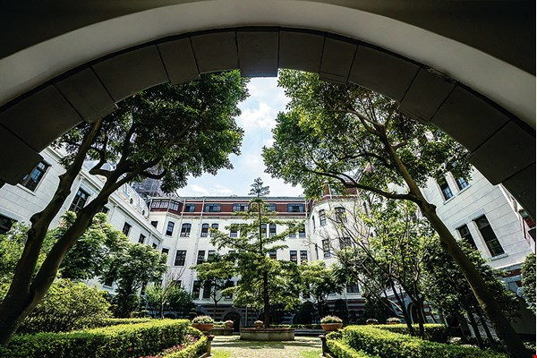 The people's Presidential Office Building (photo by Lin Min-hsuan)