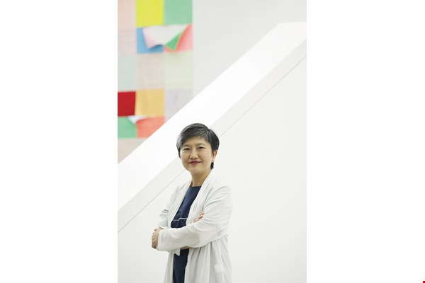 Kaohsiung Museum of Fine Arts director Lee Yulin hopes to foster understanding of Southeast Asia through art.