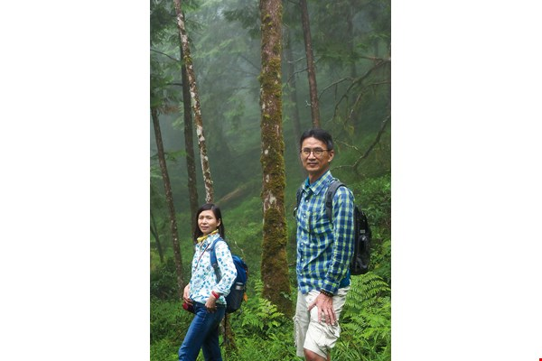 Rachel Huang and Chris Li ventured into Taiwan's native woodlands for the sake of Li's father's health. This is the origin  of their cypress-oil business.